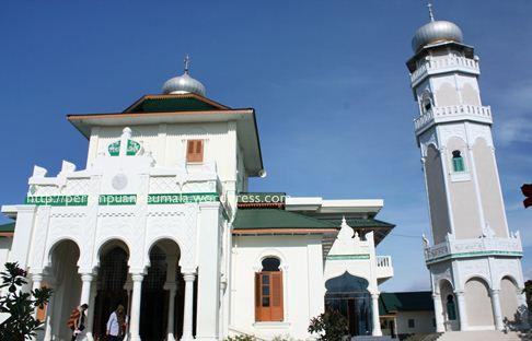 masjid baiturrahim